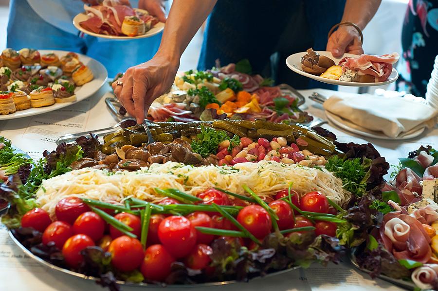 Конкурсы с едой на праздник