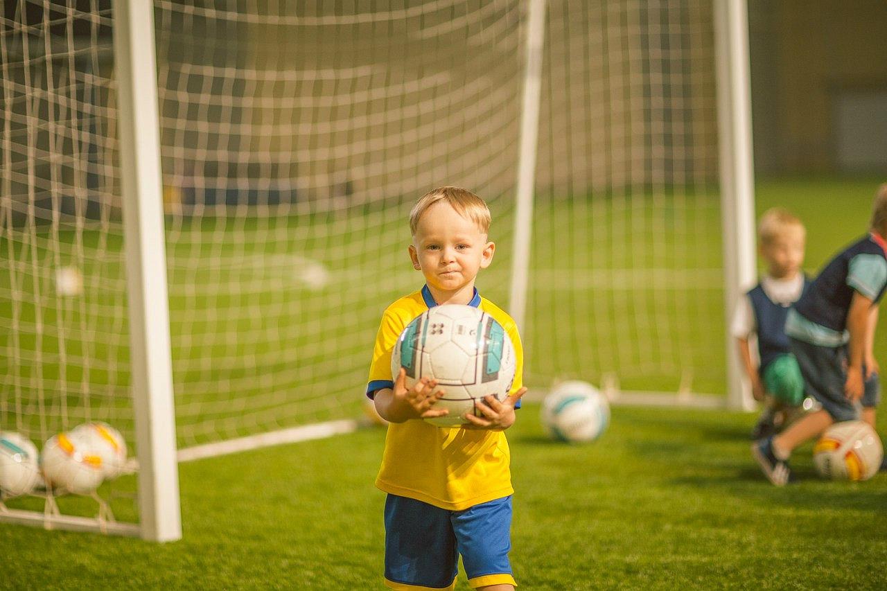 Картинки маленький футболист